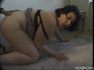 Chunky girl gives blow jobs and..