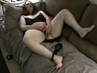 BBW fingering herself Homemade video