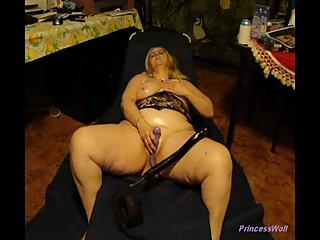 PrincessWolf Oiled Dildo Play..