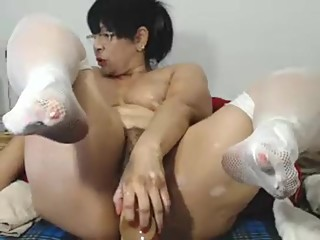 amateur-latinaxxmilf-flashing-pussy-on-l..