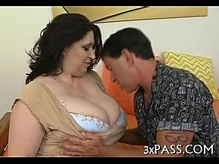 Large beautiful woman creampie